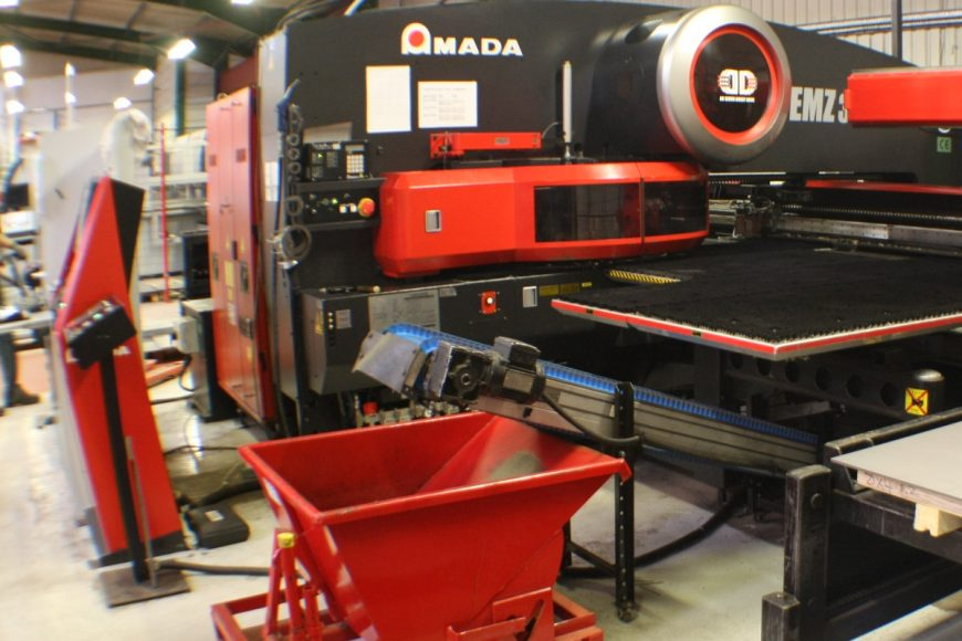First Amada EMZ 3510 Electric Turret punch was added replacing the Vipros 255.